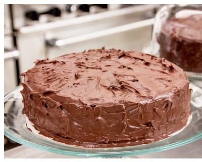 Postre de tarta de chocolate con vino de Oporto